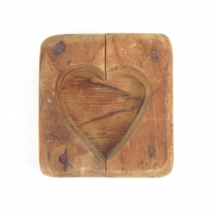 SOLD: Vintage heart shaped wooden maple sugar mold