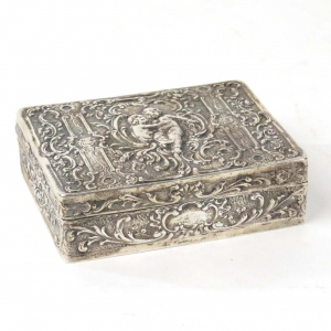 SOLD - Continental 800 solid silver box with putti motif